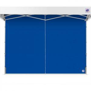 синя страница за професионална шатра E-Z UP® с цип отворена